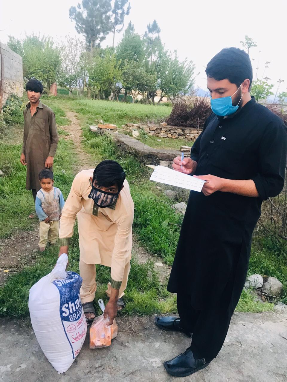 Volunteers brave the odds, reaching sealed zones amidst the coronavirus pandemic to ensure food reaches the starving